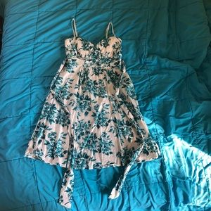 Ruby Rox blue & white floral dress 7